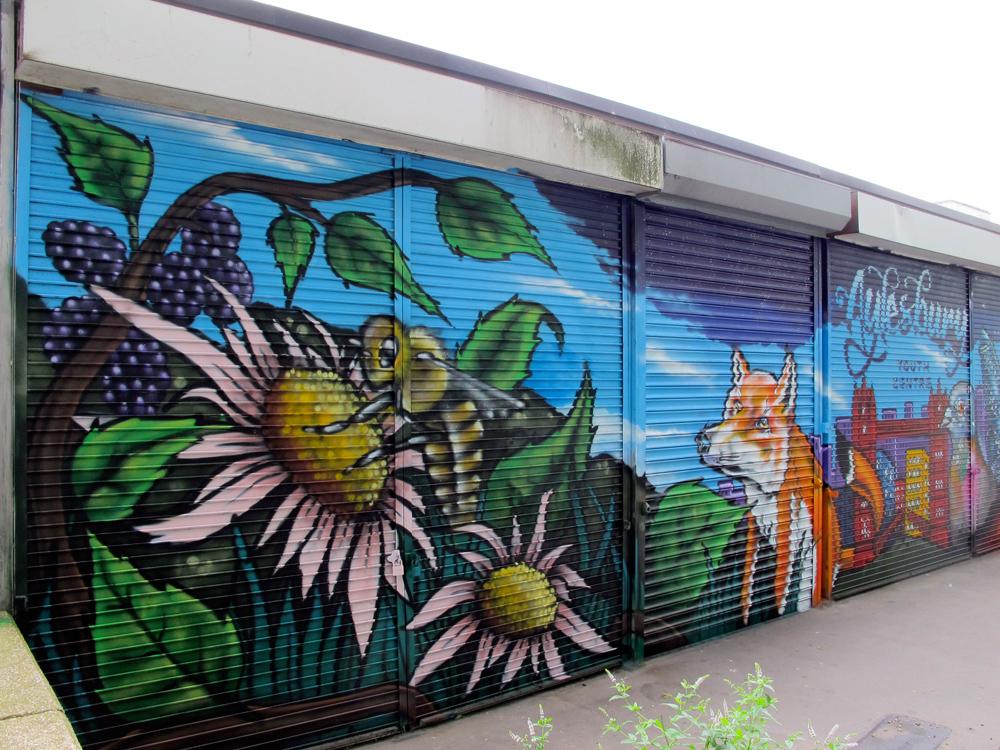 Aylesbury youth centre london graffiti mural artist for Graffiti mural