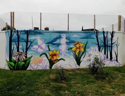 wildlife graffiti mural