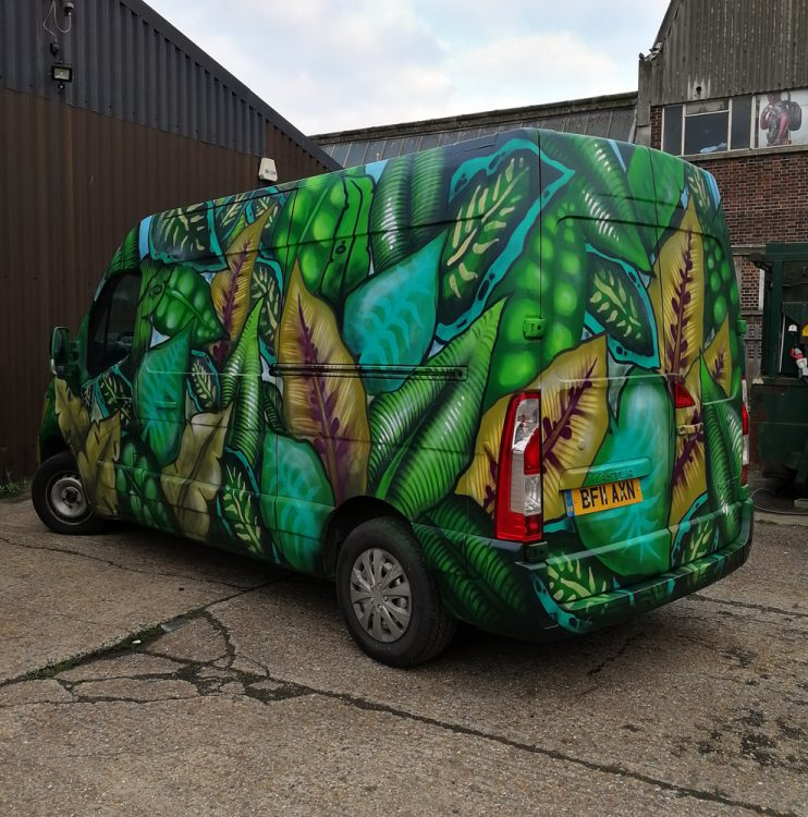 Jungle graffiti leaf van
